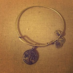 Alex and Ani 🌳 tree bracelet